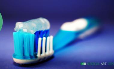 Quando trocar de escova dos dentes?